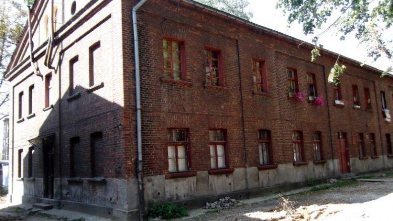Łódź - dom robotniczy na Księżym Młynie, autor: Pelikan13, Wikipedia
