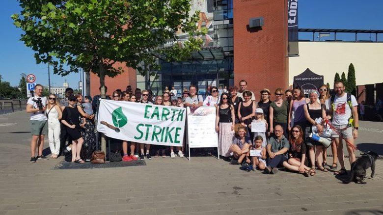 po proteście die-in 2019 Łódź Strajk dla Ziemi