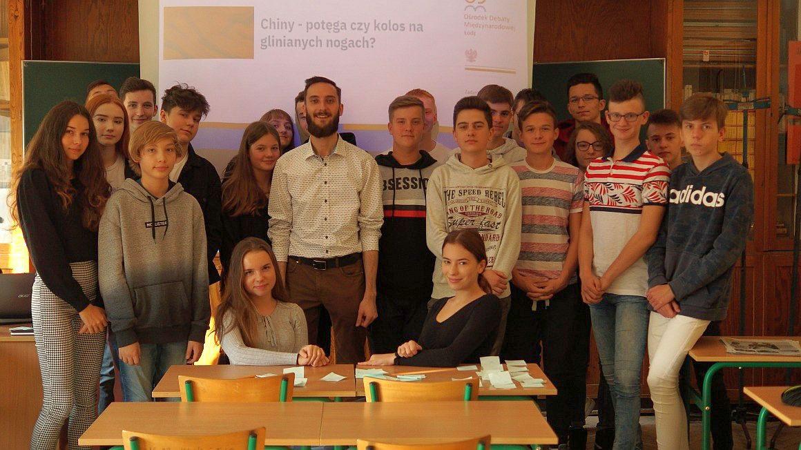 Regionalny Ośrodek Debaty Międzynarodowej w Łodzi zajęcia w szkole