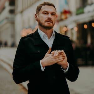 Piotr Bucki – zdjęcie profilowe