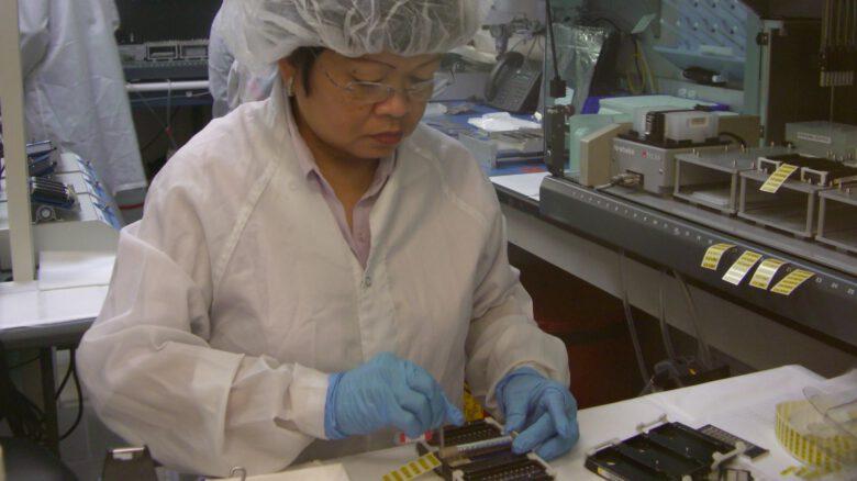 Making BeadArray (TM) gene-reading panels